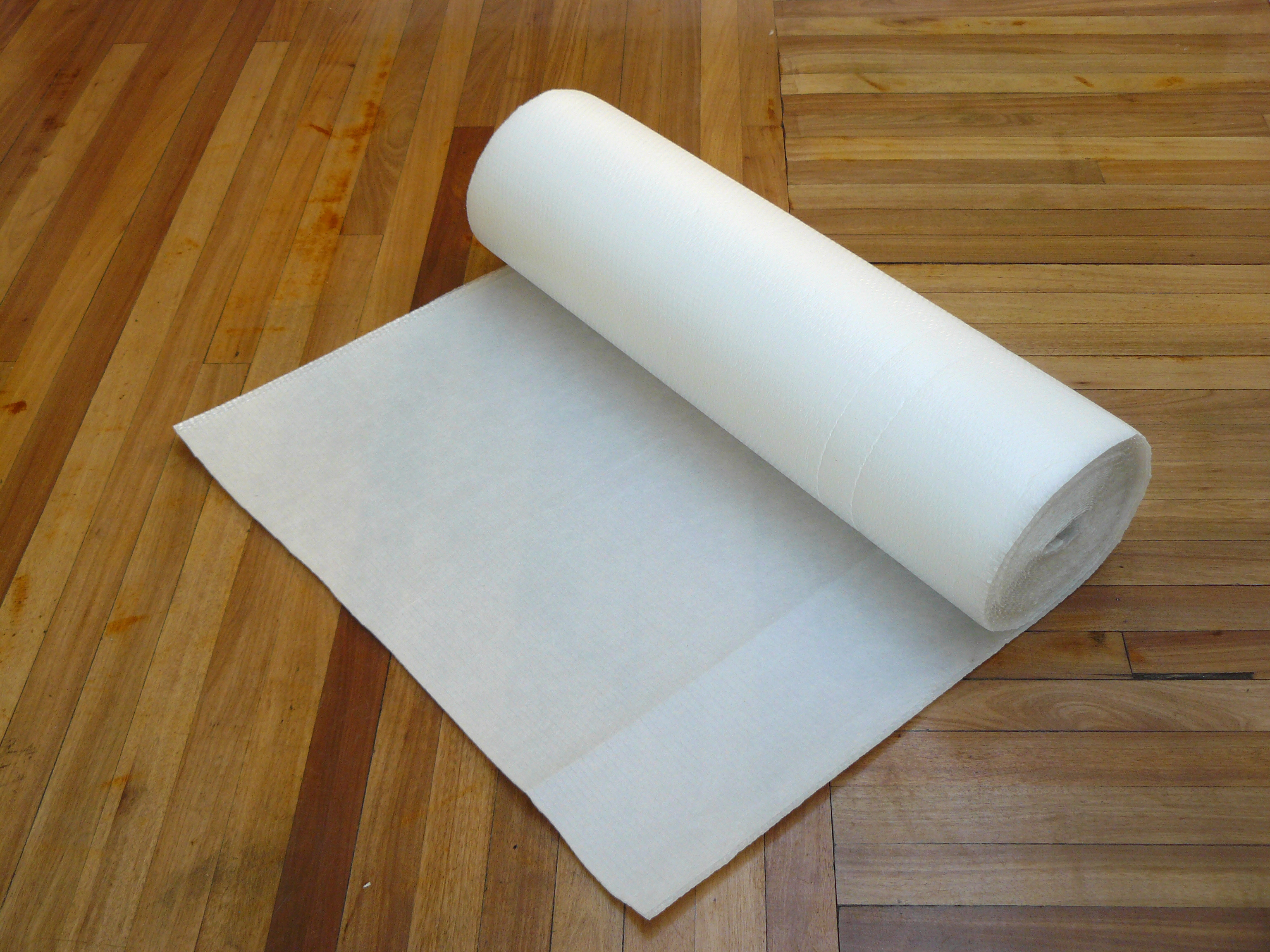 Bubble Blanket, This Is Extremely High Quality, Tough Plastic Wrapping With  A Foam Lining. It Is Used On Fragile Furniture When Moving, Storing And On  ...